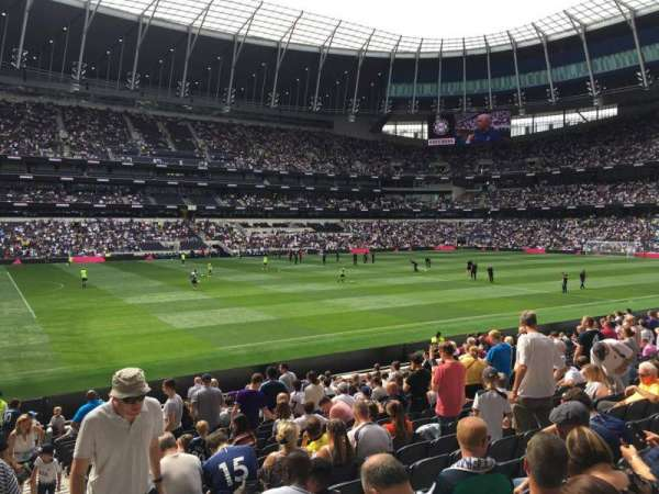 Tottenham Hotspur Stadium, section: 123, row: 20, seat: 722