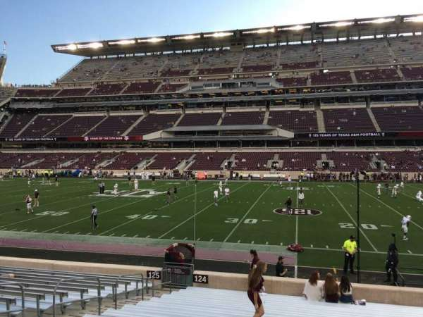 Kyle Field, section: 124, row: 17, seat: 34