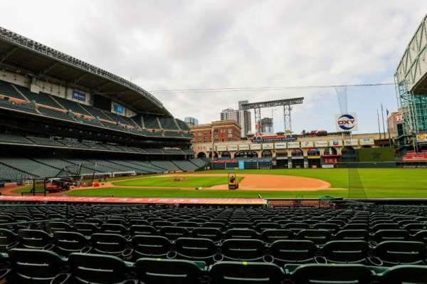Minute Maid Park, section: 126, row: 18, seat: 7