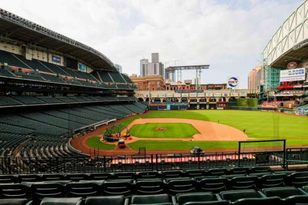 Minute Maid Park, section: 224, row: 5, seat: 11