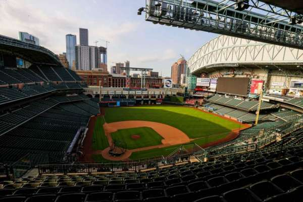 Minute Maid Park, section: 422, row: 9, seat: 10