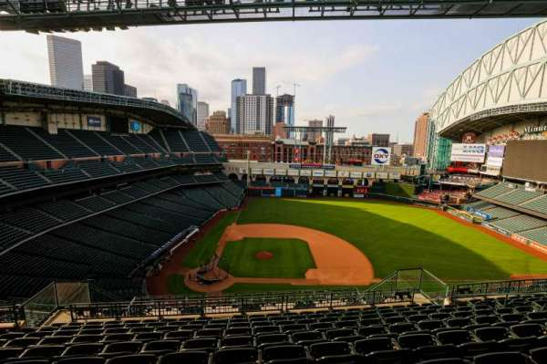 Minute Maid Park, section: 424, row: 10, seat: 10