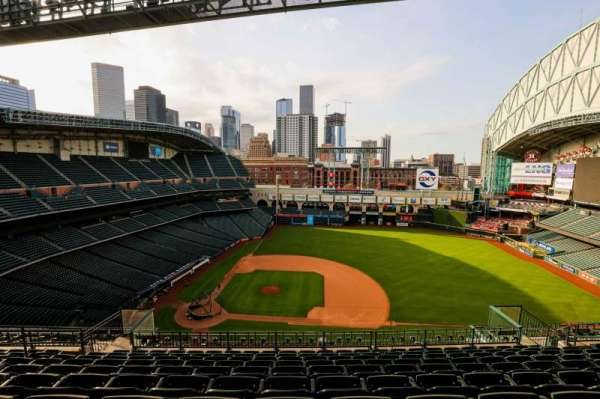 Minute Maid Park, section: 425, row: 10, seat: 9