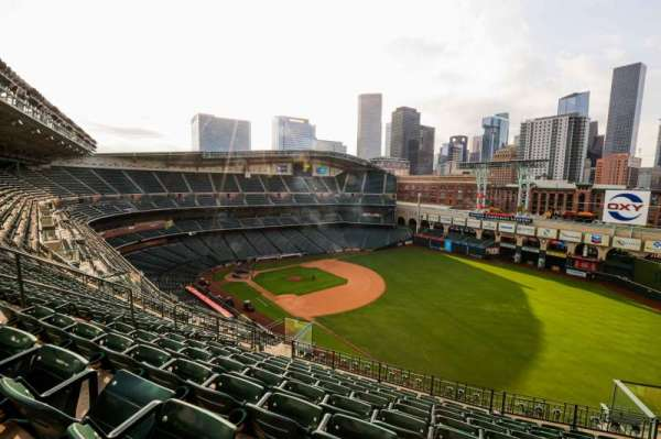 Minute Maid Park, section: 432, row: 9, seat: 10