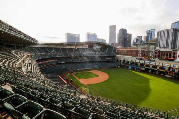 Minute Maid Park, section: 433, row: 9, seat: 8