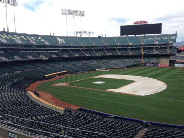 Oakland Coliseum, section: 209, row: 3