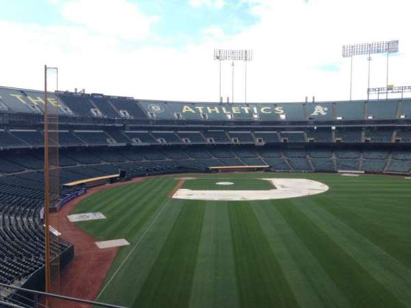 Oakland Coliseum, section: 201, row: 3