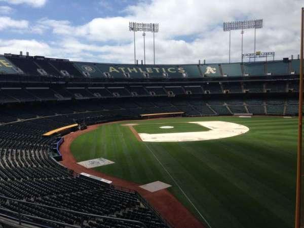 Oakland Coliseum, section: 203, row: 3