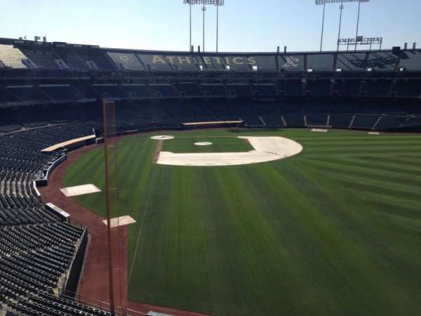 Oakland Coliseum, section: Loge Suite 2