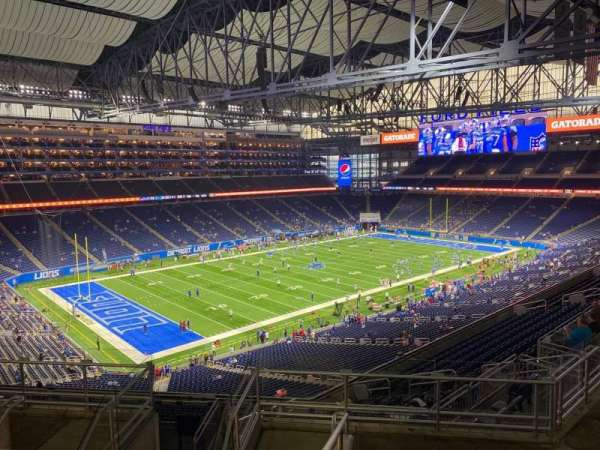 Ford Field, section: 325, row: 8, seat: 10