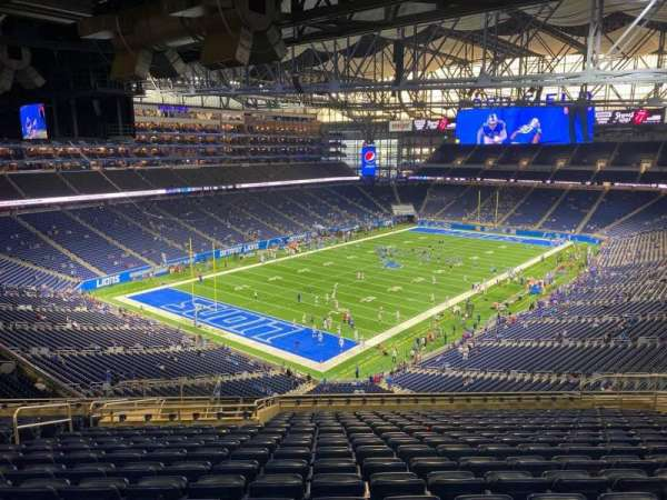 Ford Field, section: 322, row: 17, seat: 11