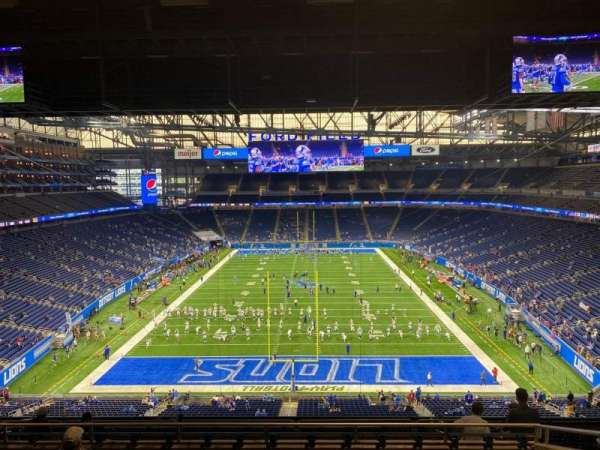 Ford Field, section: 318, row: 8, seat: 14