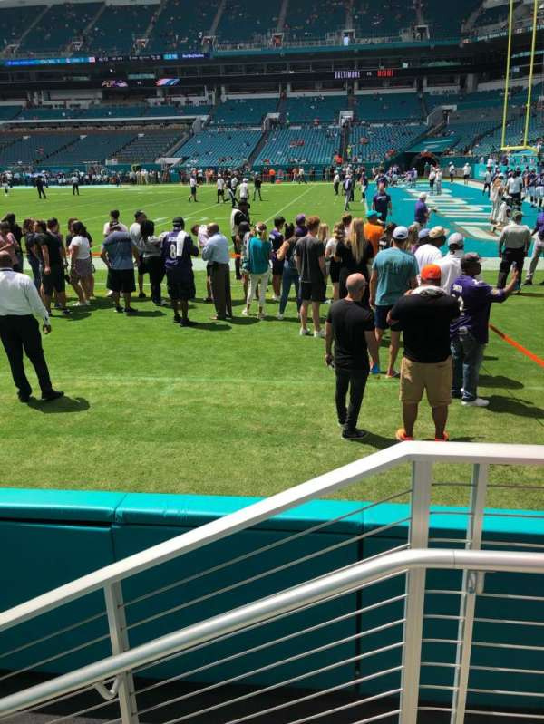 Hard Rock Stadium, section: 115, row: 1, seat: 1