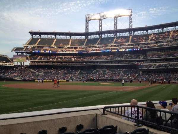 Citi Field, section: 126, row: E, seat: 16