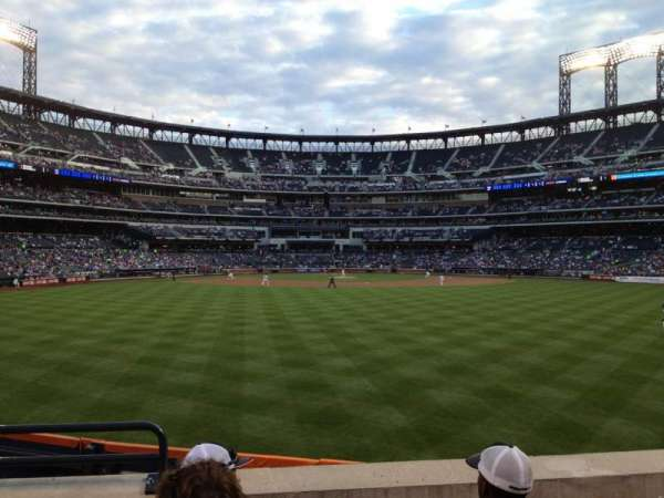 Citi Field, section: 140, row: 4, seat: 1