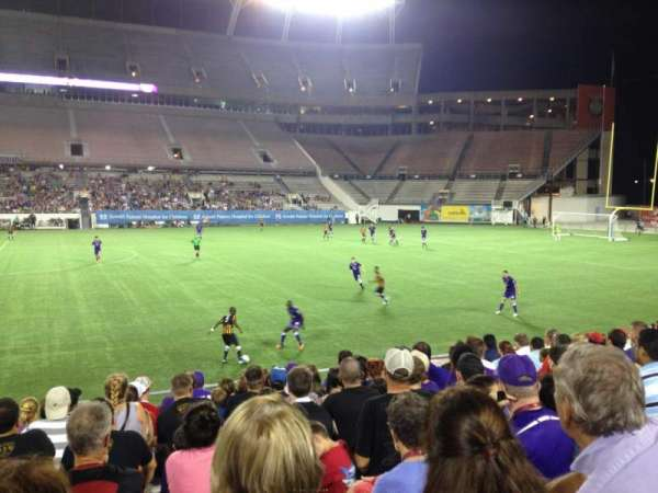 Camping World Stadium, section: 109, row: N, seat: 8