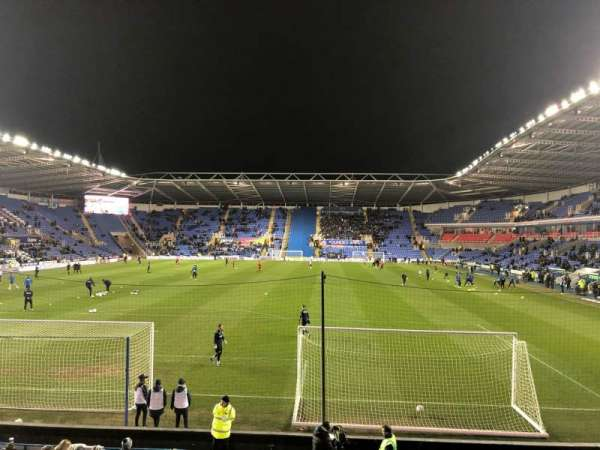 Madejski Stadium, section: B15, row: Q, seat: 64