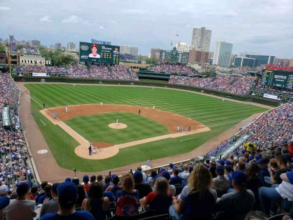Wrigley Field, section: 319r, row: 9, seat: 9