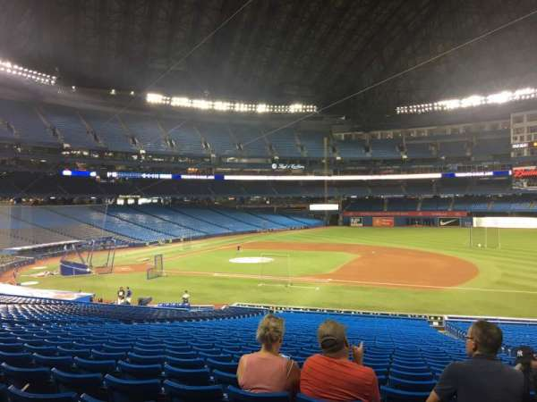 Rogers Centre, section: 116L, row: 39, seat: 105