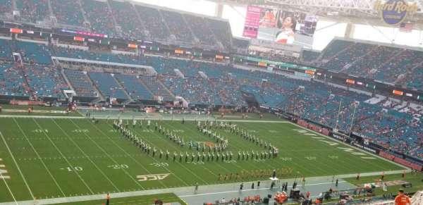 Hard Rock Stadium, section: 328, row: 23, seat: 17