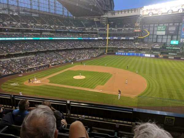 Miller Park, section: 318, row: 4, seat: 10