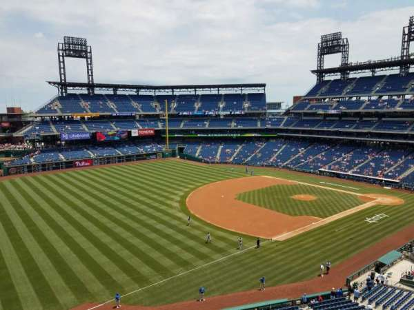 Citizens Bank Park, section: 331, row: 1, seat: 2