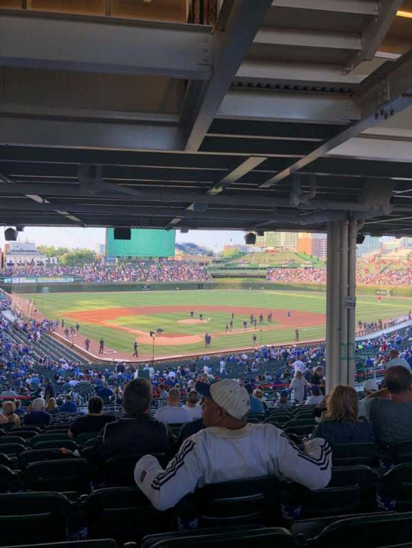 Wrigley Field, section: 222, row: 19