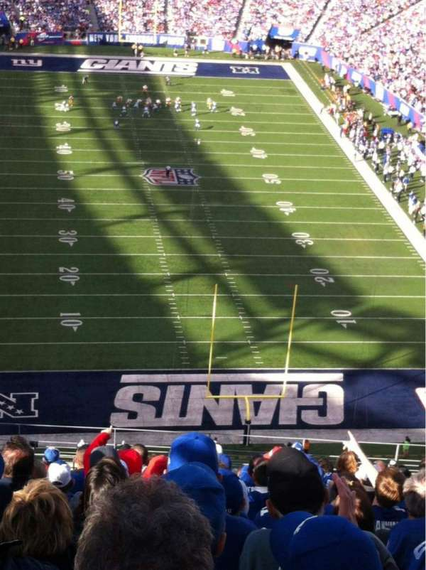 MetLife Stadium, section: 325, row: 18, seat: 21