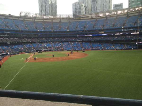Rogers Centre, section: 208L, row: 1, seat: 109