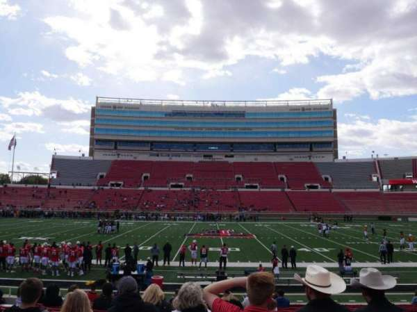 Jones AT&T Stadium, section: 19, row: 17, seat: 16
