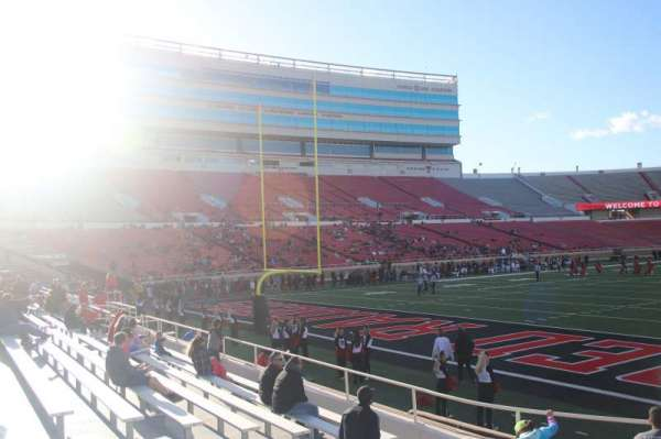 Jones AT&T Stadium, section: 24, row: 7, seat: 16