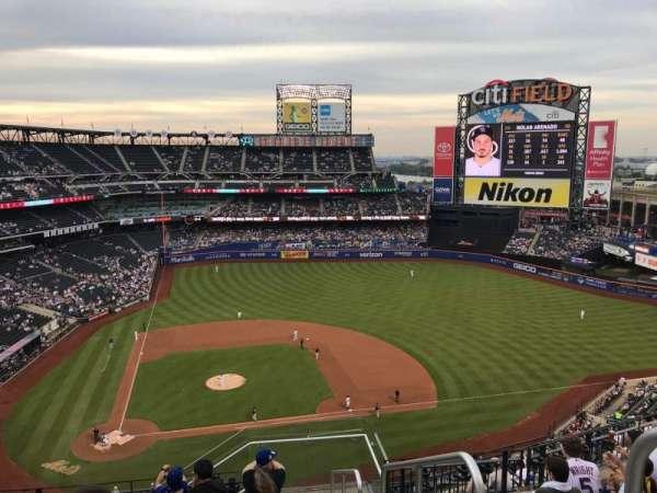 Citi Field, section: 509, row: 8, seat: 24