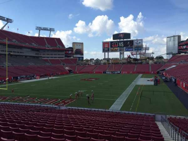 Raymond James Stadium, section: 125, row: Cc, seat: 24