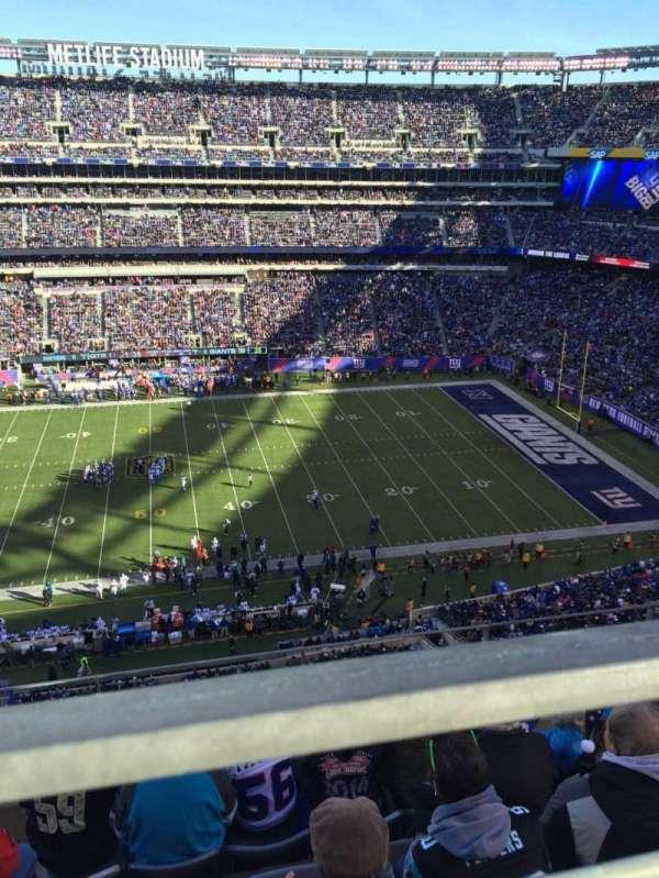 MetLife Stadium, section: 338, row: 5, seat: 22