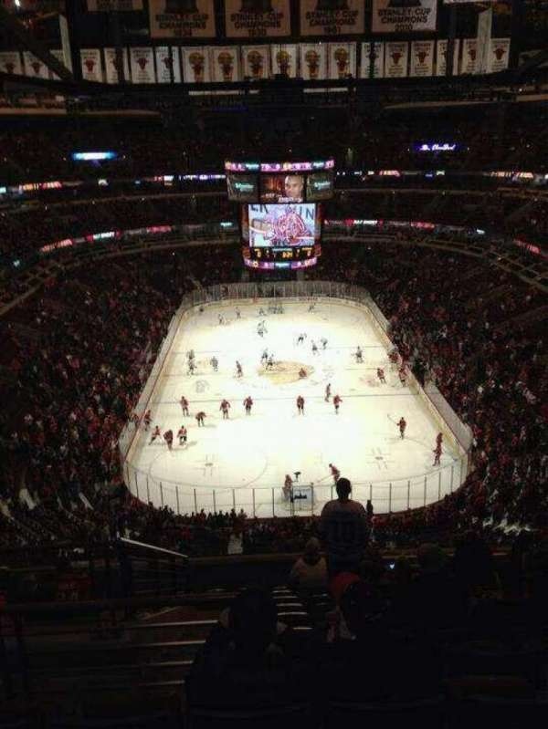 United Center, section: 306, row: 12