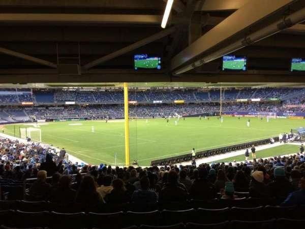 Yankee Stadium, section: 107, row: 30, seat: 16