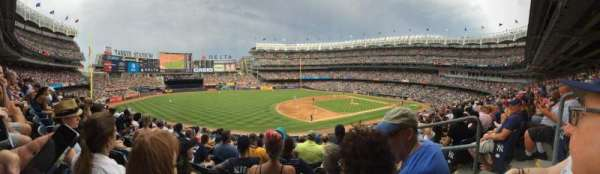 Yankee Stadium, section: 17B, row: 10, seat: 3