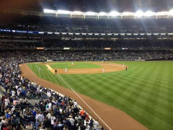 Yankee Stadium, section: 208, row: 1, seat: 17