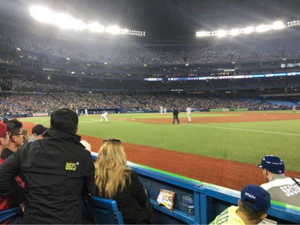 Rogers Centre, section: 113AR, row: 3, seat: 1