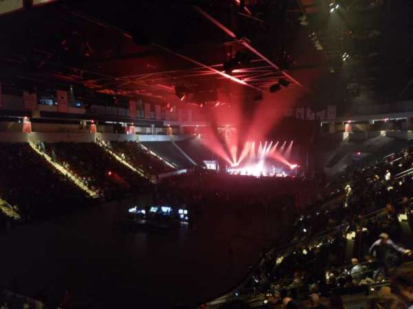 Agganis Arena, section: 106, row: Q, seat: 5