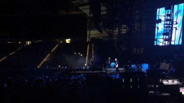 Tacoma Dome, section: 121, row: H, seat: 11