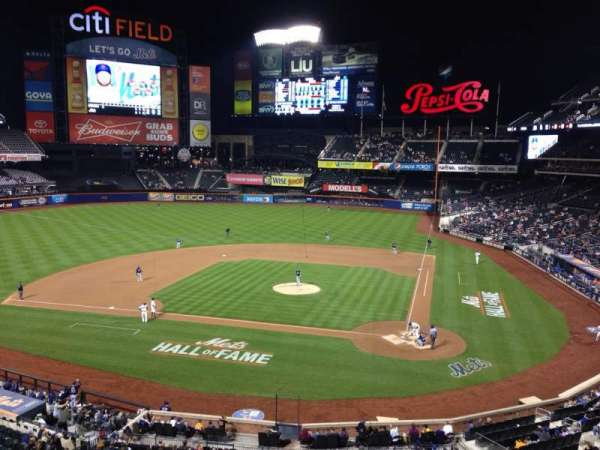 Citi Field, section: 323, row: 1, seat: 6
