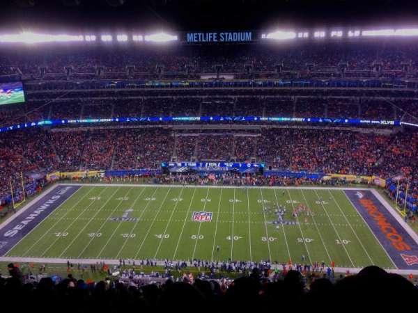 MetLife Stadium, section: 338, row: 26, seat: 7