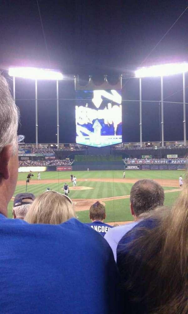 Kauffman Stadium, section: 129, row: F, seat: 5