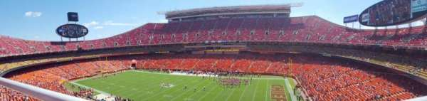 Arrowhead Stadium, section: 343, row: 1, seat: 10