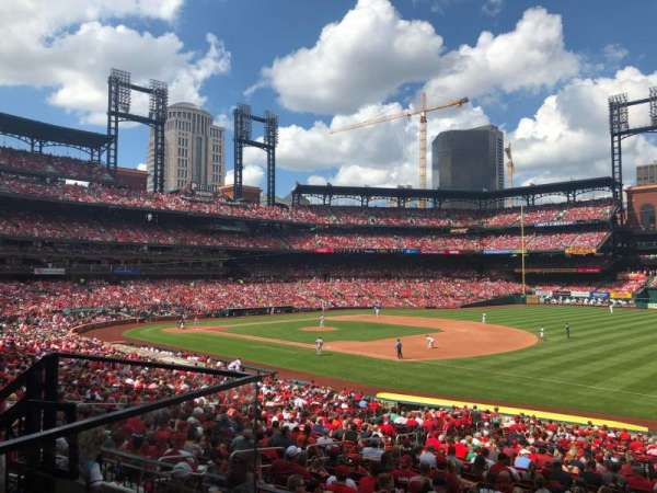 Busch Stadium, section: 137, row: 20, seat: 3