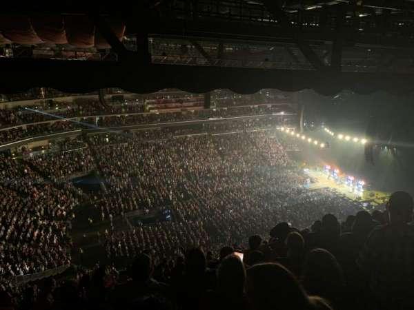 Wells Fargo Arena, section: 306, row: Q, seat: 5