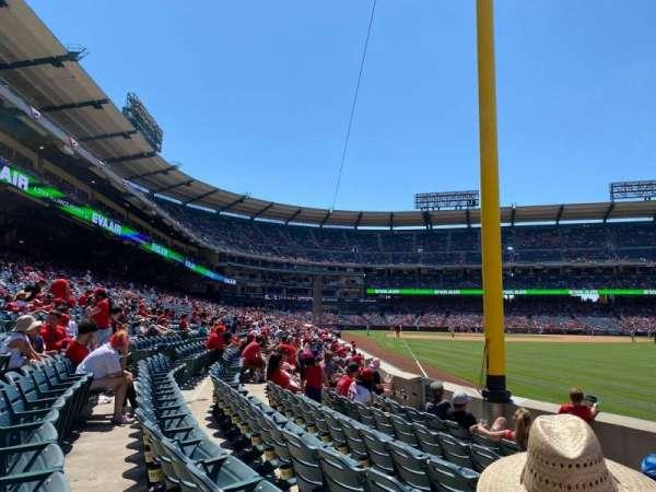 Angel Stadium, section: 134, row: F, seat: 3