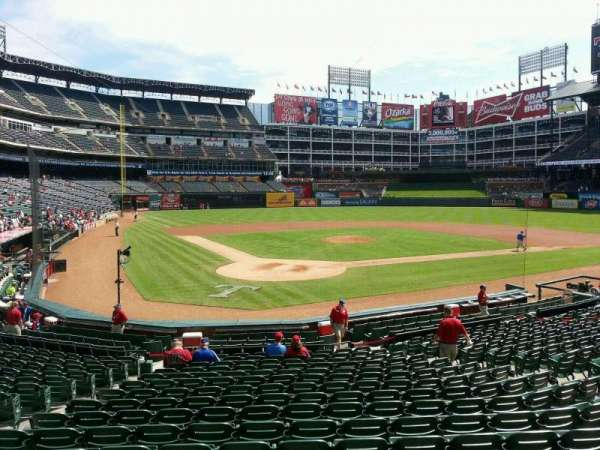 Globe Life Park in Arlington, section: 28, row: 17, seat: 8