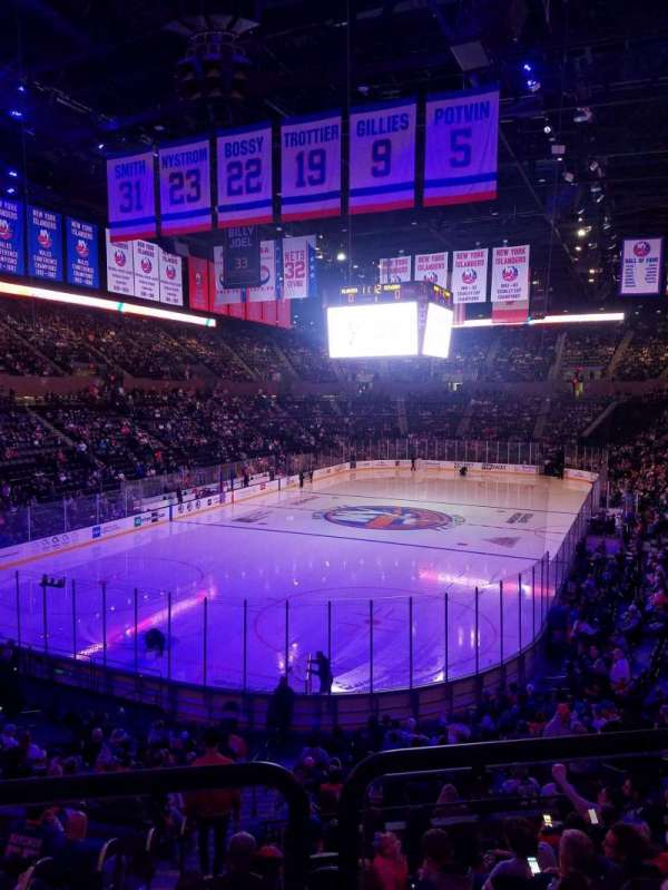 Nassau Veterans Memorial Coliseum, section: 108, row: 10, seat: 1